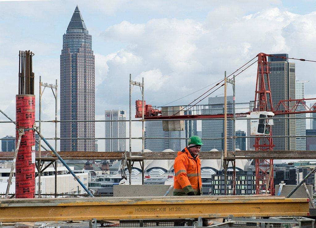 Stadt im Wachstum - Baustelle des Praedium im Europaviertel von Frankfurt am Main.