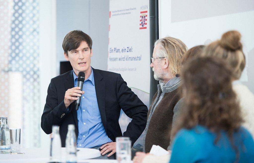 Podiumsdiskussion beim Hessischen Klimaschutzplan.