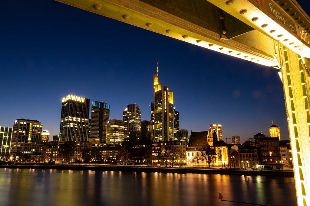 Das Herz von Frankfurt - Die Skyline und der Eiserne Steg
